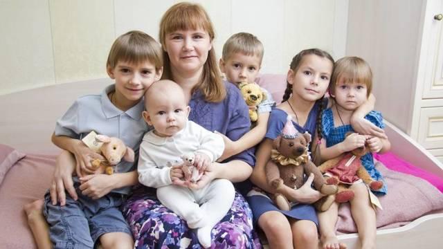 Как получить статус малоимущей семьи: основания, необходимые документы, порядок действий