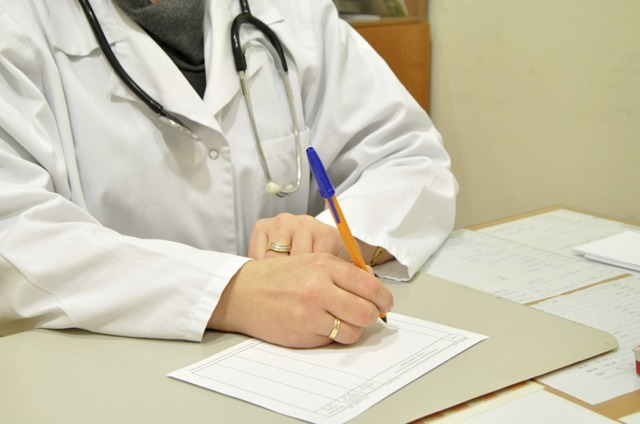 Выплата по декретному больничному листу: расчет и выплата декретного больничного, а также больничный лист в декретном отпуске