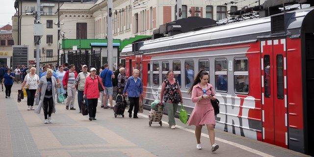 Льготы на электричку для студентов: до какого числа действуют и когда заканчиваются льготные билеты на пригородные поезда