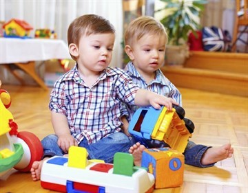 Что делать и куда жаловаться, если не дали путевку в детский сад в 3 года