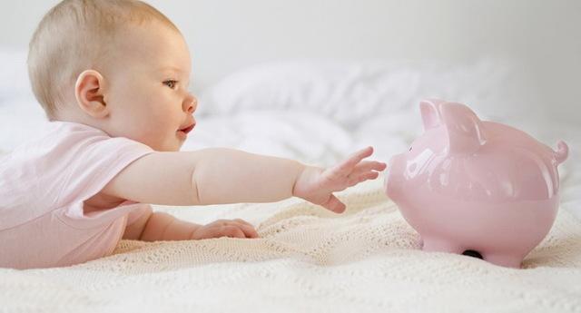 Путинские выплаты при рождении первого ребенка 2018: как оформить и как получить,кому положены и кто получает,документы, новый закон о детском пособии 2018